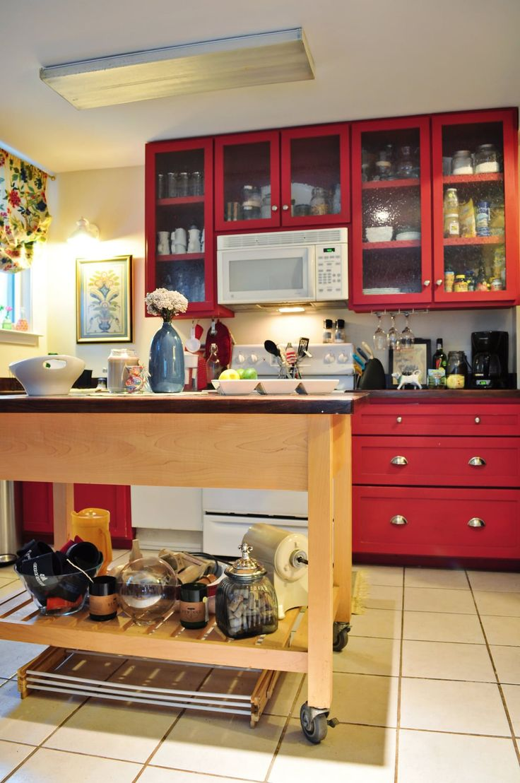 Deidre's Eclectic, Vintage Designer Digs | Red kitchen ...