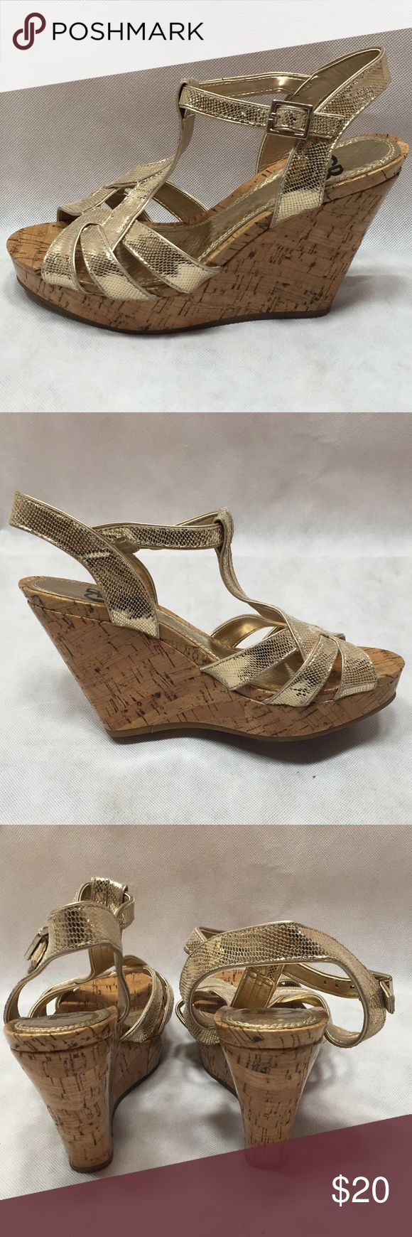 Gianni Bini Good condition. Gianni Bini Shoes Wedges