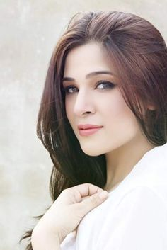 Pakistani Actress Ayesha Omar