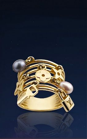 Louis Vuitton gold pearl ring