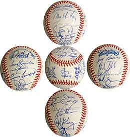 Autographed Baseballs-1992 Oakland Athletics Autographed Baseball   1992 Oakland Athletics Autographed Baseball 1992 Oakland Athletics Autographed / Signed Baseball
