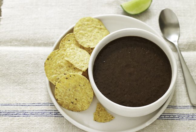 Mexican Black Bean Soup with Spiced Tortilla Chips: Cooker Recipes, Tortillas Chips, Black Beans Soups, Black Bean Soup, Eating, Tortilla Chips, Mexicans Black Beans, Mexican Black Beans, Spices Tortillas