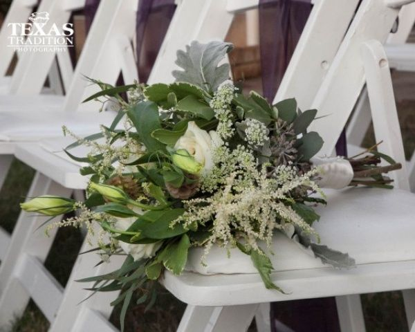 A Natural Organic Bouquet Of Green And White Fleurs De France