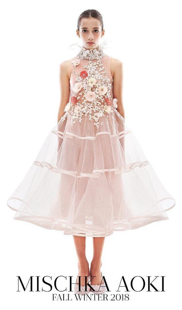 b6466fec325e74 MISCHKA AOKI FW 18 19 Couture Mode