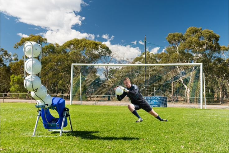 Powapass is the all new remotely controlled football training device that will improve the game of players all over the world at the push of a button.  @hyundaialeague @caltexsocceroos @ffsa   @timcahill #soccer #football #players #training #sport #keepers #coaches #fitness #ball #skills #machine