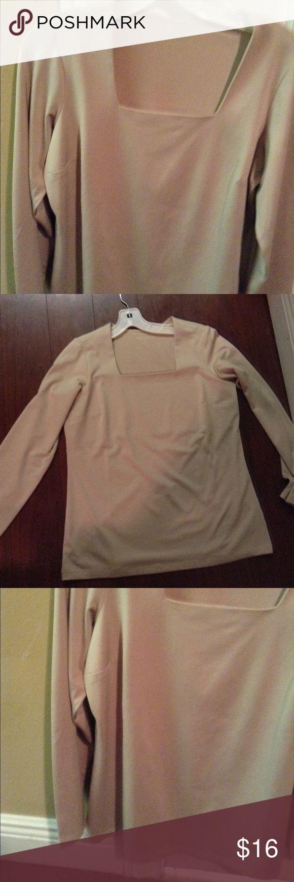 Small Susan Graver tan shirt Small Susan Graver tan shirt. Worn once Susan Graver Tops Blouses