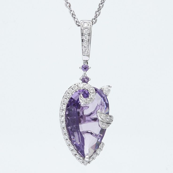 This spectacular amethyst and diamond pendant features a large vibrant centre stone with gorgeous diamond accent stones. This pendant is crafted of solid 18 ct white gold and comes with a 38cm 18 ct white gold chain.
