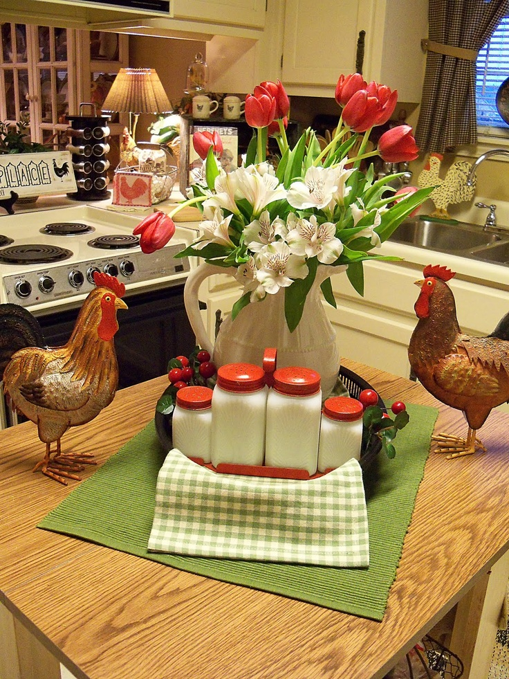 Country kitchen decor chickens