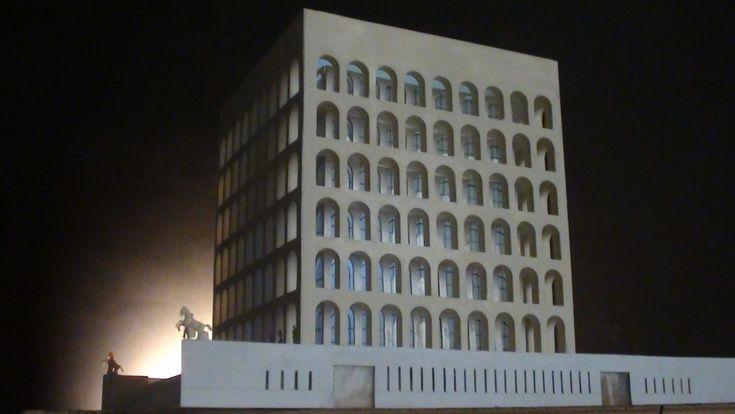 scale model 1:300 #HistoricalArchitecturalModels àPalazzodellaCiviltà #eur #roma #fendi