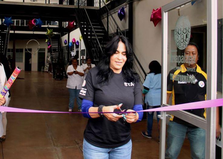 INAUGURA DIONE ANGUIANO CENTRO DE ARTES  Y OFICIOS EL TRANSFORMADOR