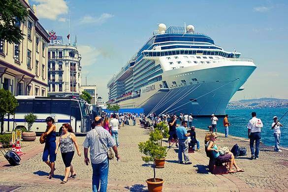 Erlebt einen tollen Urlaub auf der Tui Mein Schiff 3. Bei diesem Kreuzfahrt Schnäppchen Fahrt ihr 8 Tage durch die schöne Mittelmeer Region.