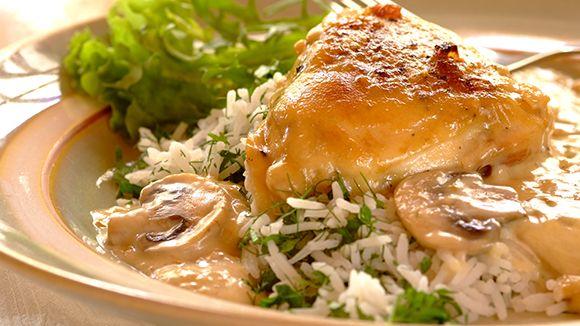 Everyone-Loves-It  Chicken and Mushroom Casserole