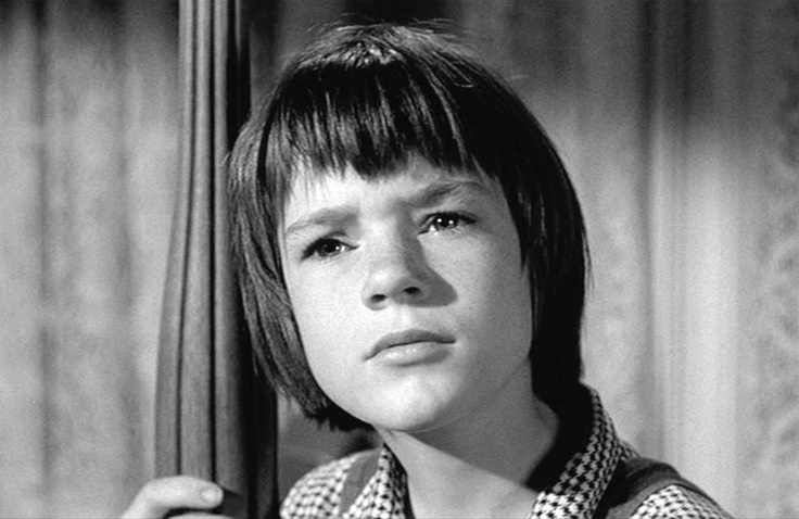 the theme of growing up in to kill a mockingbird by harper lee What life lessons can be learned from to kill a mockingbird by harper lee  it blew up on her  of the lessons about life in to kill a mockingbird.