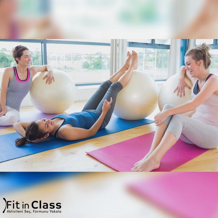 Pazartesi sendromunu atmanın en güzel yolu pilatesten geçer. Bugün kimler pilates yaptı ya da yapacak ? Pilates grup dersleri fitinclass.com'da!