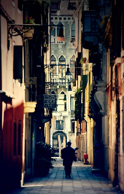 Evening in VeniceCities Night Walks, Favorite Places, Art, Dream Destinations, Venice Italy, Travel, Beautiful Street, Painting, Dreams Destinations