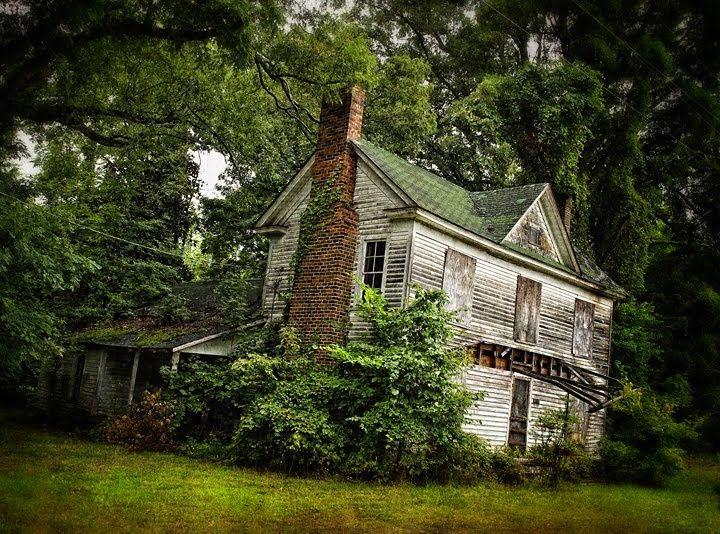 3310 besten ruins bilder auf pinterest abandoned buildings alte h user und alte villen. Black Bedroom Furniture Sets. Home Design Ideas