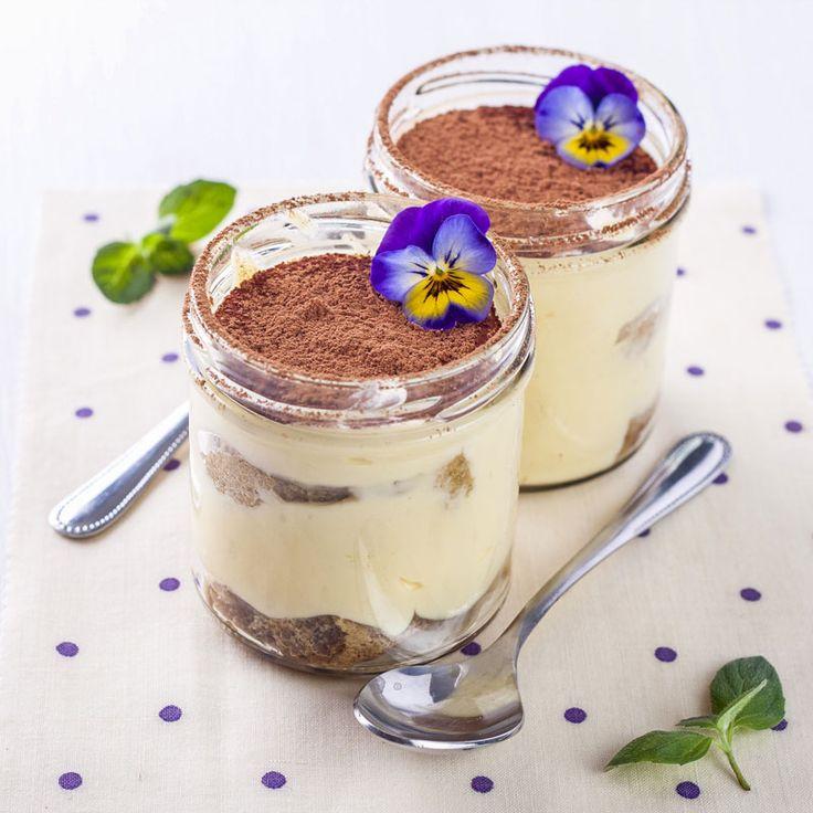 Rezept für eine leichte Low Carb Vanillecreme - ein einfaches Dessert-Rezept für eine kalorienarme, kohlenhydratarme Süßspeise ohne Zusatz von Zucker ...