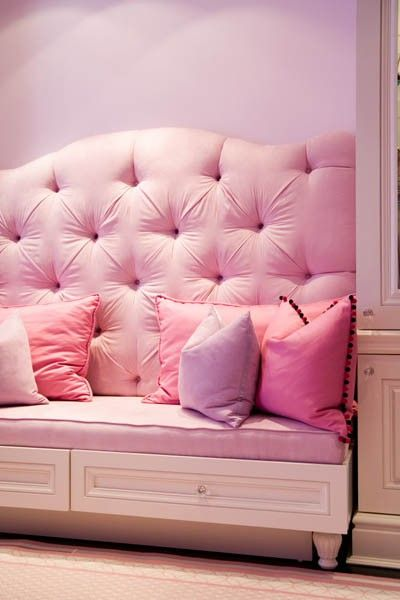 pink tufted bedroom pastel