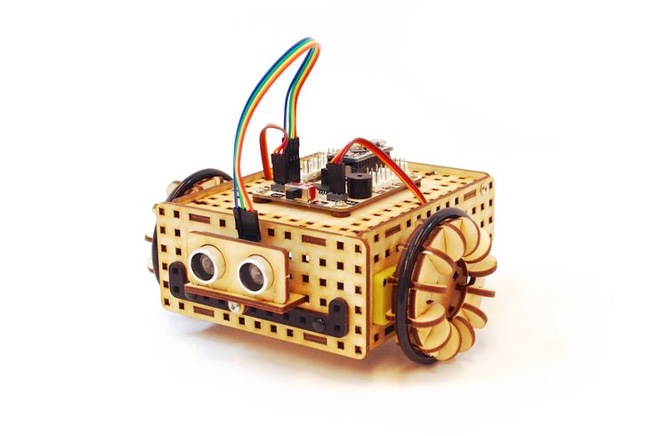 Rover Robot built with lasercut wooden blocks and Arduino