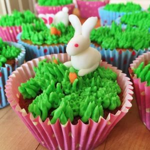 Carrot Cupcakes - http://www.samstern.co.uk/recipe/carrot-cupcakes/