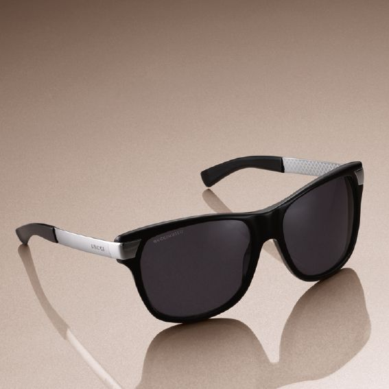 Young sunnies with a timeless appeal.