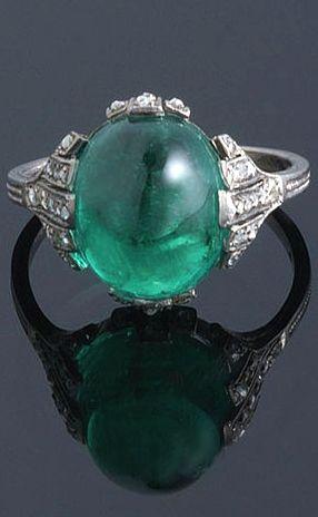 Art Deco Colombian Emerald Cabochon Ring