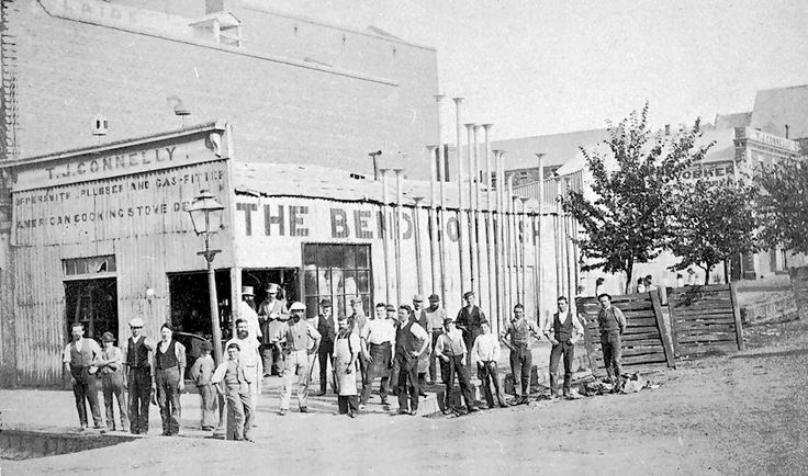 Workers outside the Bendigo Tin Shop, operated by T.J. Connelly. Bendigo, Victoria, circa 1868