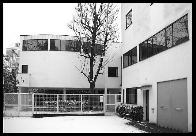 1923: Villa La Roche