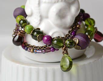 Bracelet billes de verre, agatte, aubergine et vertes.