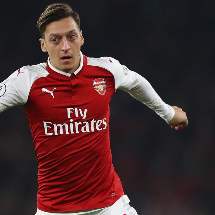 Arsenal Transfer News: Latest Rumours on Mesut Ozil and Keinan Davis