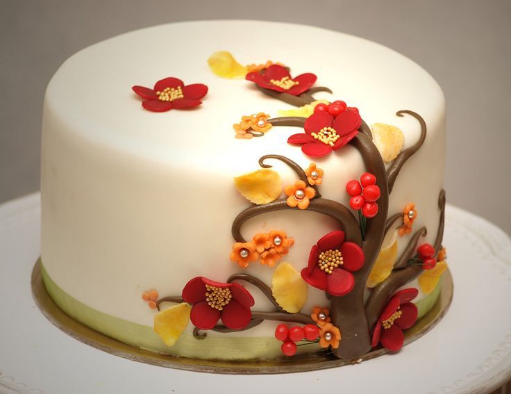 Cake Decorating Fall Leaves : 25+ best ideas about Autumn Cake on Pinterest Tree cakes ...