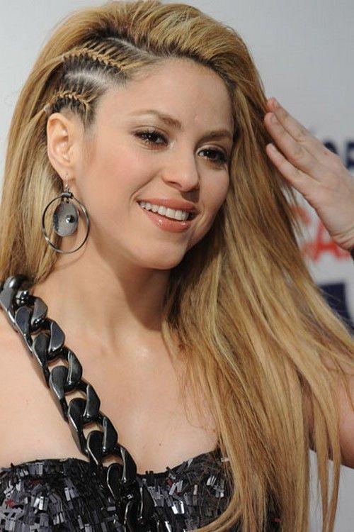 Amazing Fashion: Shakira Hairstyle 2011