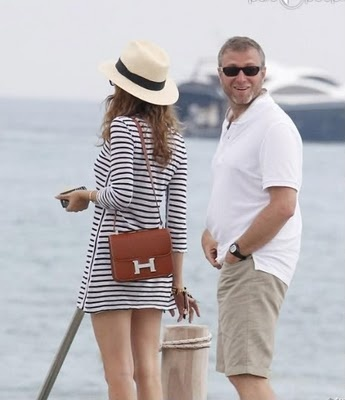 Dasha Zhukova with the stunning Hermes Constance bag.
