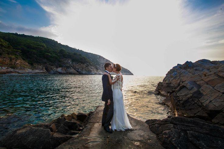 Weddings Matrimoni Cerimonie Eventi #amore #love #tramonto #sunset #isola #elba #elbaisland #arcipelagotoscano #isoletoscane #fotografia #matrimonio #fotografi #matrimonioreportage #reportage #photography #weddingelbaphotography #photographer #cartoline #postcards #love #elbawithlove #weddings #weddingsservices #servizimatrimoni #weddingplanner #wedding #in #elba #rossellacelebrini #picoftheday #photopftheday #followme #iloveelba #welba #wow #elbaweddingstyle #lifestyle #instaphoto…