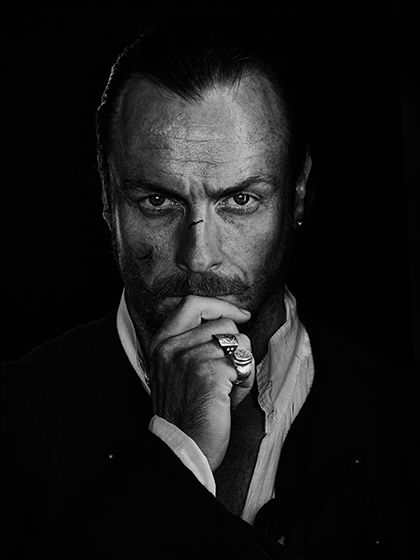 Captain Flint I can't even handle it.