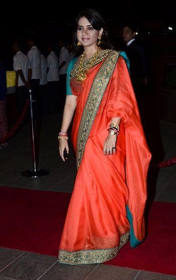 Shaina taking it classic at Arpita Khan's reception