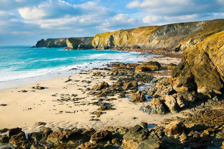 PENTREATH BEACH, Lizard Penisula, Cornwall [ENGLAND] #wildbeach [© unknown] ➳ wilderness beach