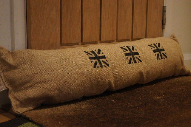 Exclusive to and designed by Abode these draught excluders are super chunky and hand printed and sewn. Measuring a very generous 38 inches by 20 inches (approx) they come with a hanging strap.