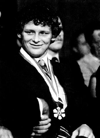 Terry Fox 1958-1981 invested as a Companion of the Order of Canada. Description from caperfrasers.wordpress.com. I searched for this on bing.com/images