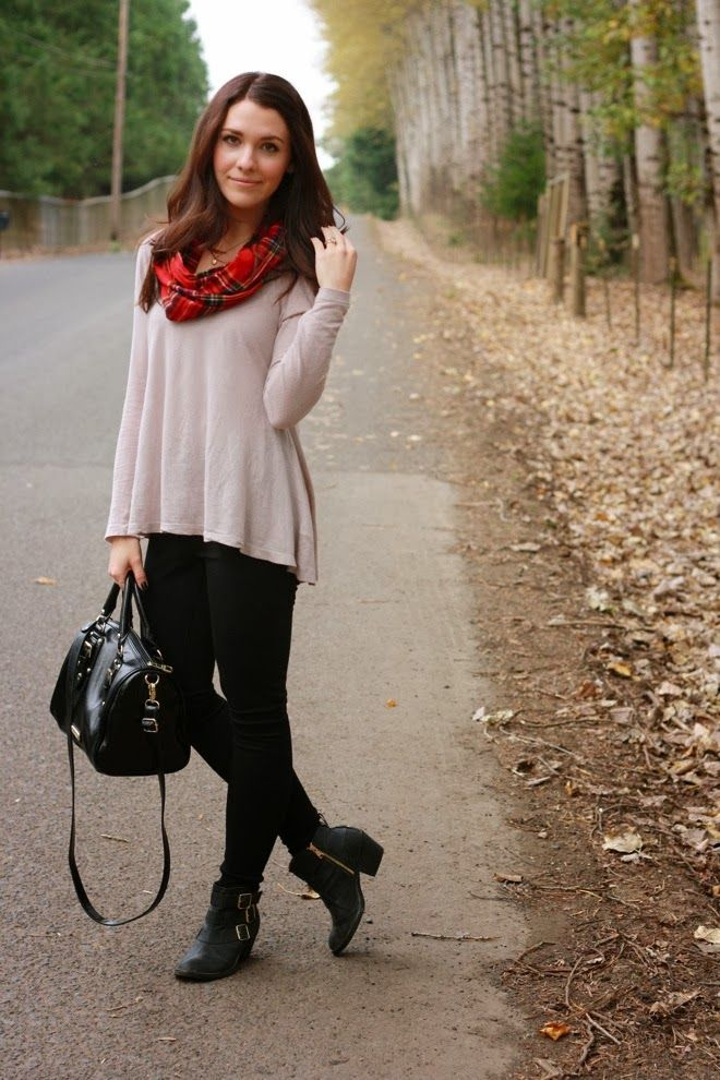 Easy Fall Outfit: Black pants, sweater, boots, tartan scarf