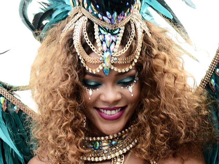 NEWS!  How To Get Rihanna's Barbados Kadooment Day Carnival Makeup Look - see photos and products used below...