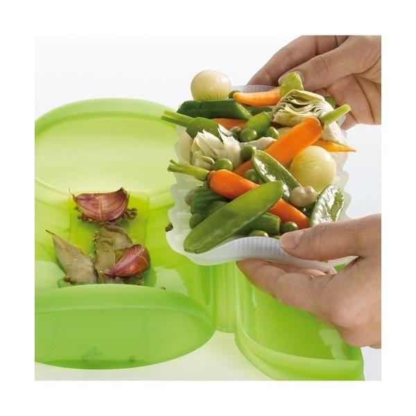 Estuche de vapor con bandeja. Te permite cocinar alimentos de la forma más sana, en su jugo, al vapor y sin pérdida de propiedades al horno o incluso, al horno microondas. Qué invento!