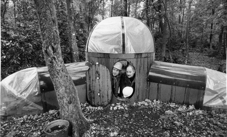 This one wins hands down for the most bizarre pic we've seen in a long while! The date is October, 1979, and the place is St John's Lee Wood, near Bradgate Park. Living in this house, constructed from hardboard, were Dr Arthur Lyons, left, and Professor Arno W.Oppermann, taking part in the Leicester Polytechnic suburb design project.