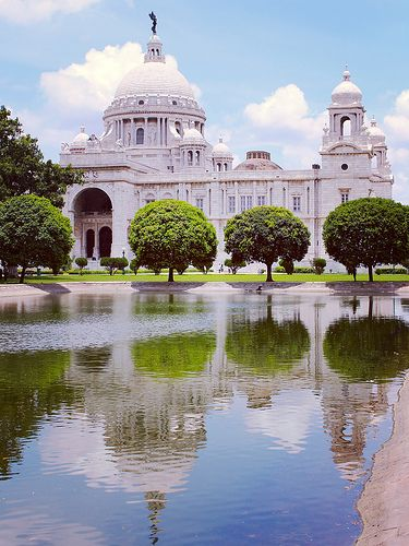 Victoria Memorial, Kolkata, India  Get up to 20% more discount on #edmontontokolkataflights from #BookOtripcanada. For more details: https://www.bookotrip.ca/flights/cheap-flights-from-edmonton-yeg-to-kolkata-ccu