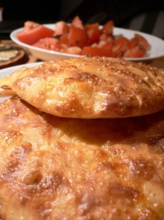 Recette tortues au gouda : Une recette pratique et savoureuse pour finir des restes de fromage : des palets fondants à la bonne odeur de brioche, parfaits accompagnés d'une salade de saison