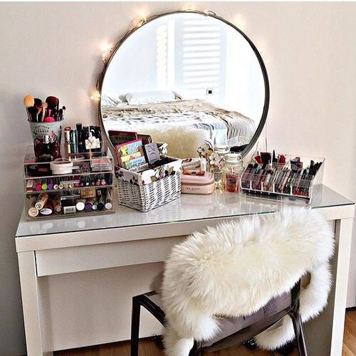 Inspirational Quotes On Pinterest: 1000+ Ideas About Makeup Vanity Desk On Pinterest
