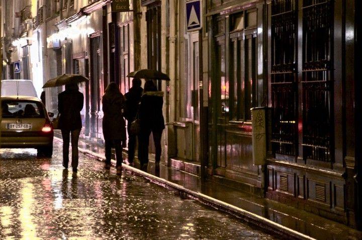 A Rainy Saturday Night, Paris.  <3 Paris.  :-)