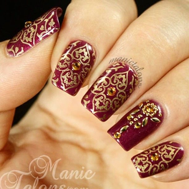 What do you think of these #red and #gold #henna inspired nails? #Love the bling, too. Source #ManicTalons.com #nails #nailpolish #bridal #wedding #mehndi #metallics @manictalons