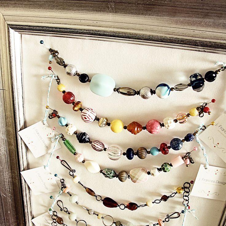 Erfahren Sie, wie Sie einen DIY-Schmuckorganisator für Ohrringe, Armbänder und…