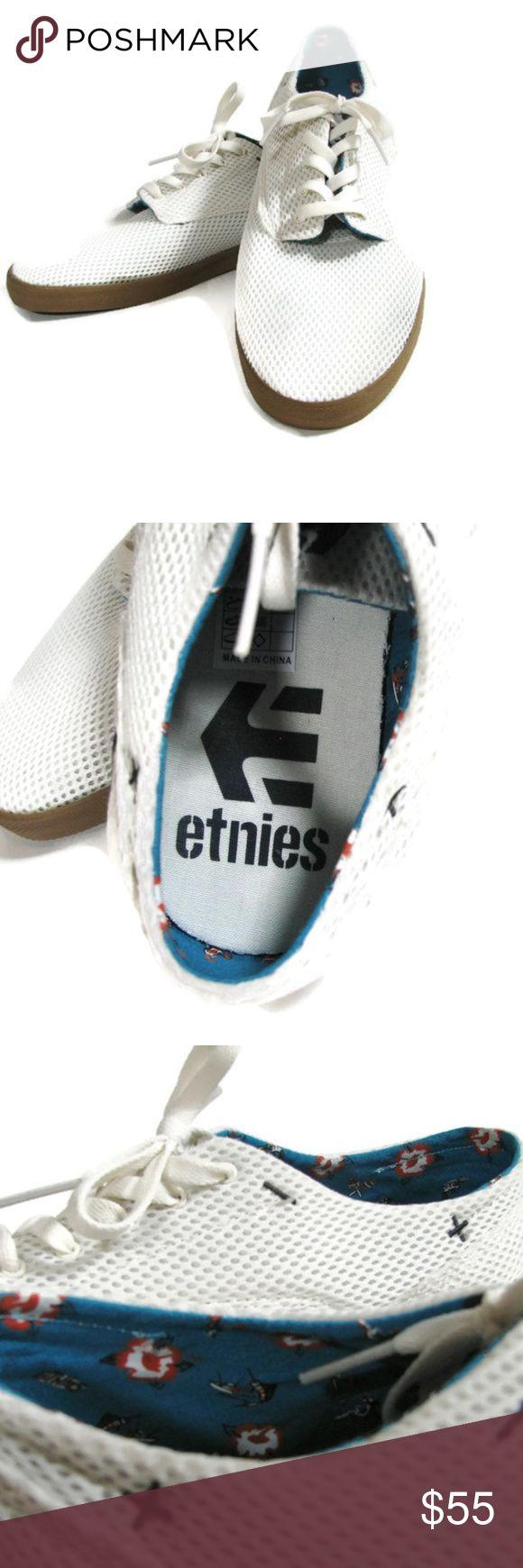 ETNIES Dapper Men's Shoes 10.5 US 8.5 UK Canvas etnies men's Dapper shoes I think they are new.  No sign of wear. US size 10.5, EU size 44, UK size 8.5 Canvas upper, rubber sole Etnies Shoes